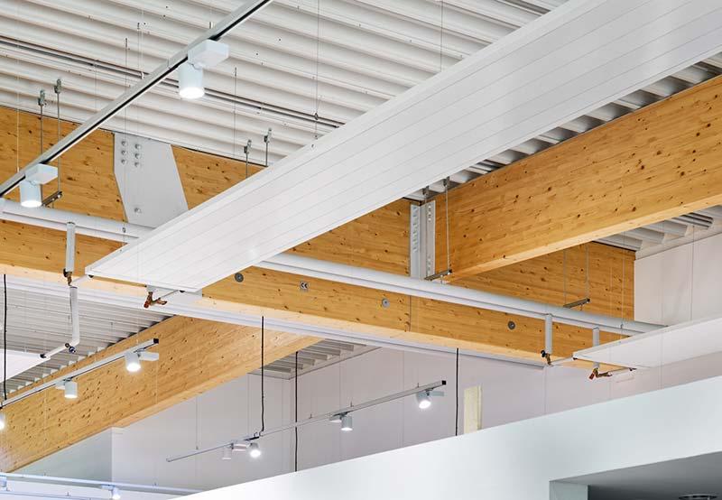 Das Dach wurde als Warmdach ausgeführt. Der Aufbau besteht aus Trapezblechen mit Dämmung und Folienabklebung. Foto: Brüninghoff